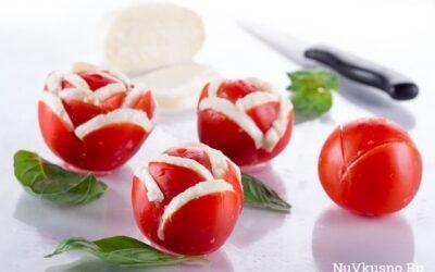 8 простых и красивых закусок из помидоров