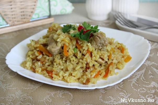 Ароматный рис со свининой ( в мультиварке)