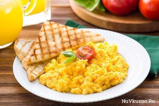 Готовим яйца на завтрак
