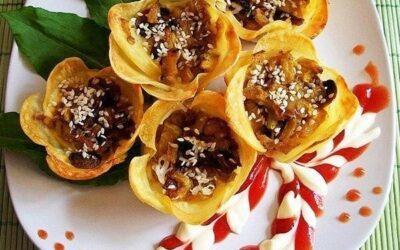 Картофельные цветочки-корзиночки с начинкой