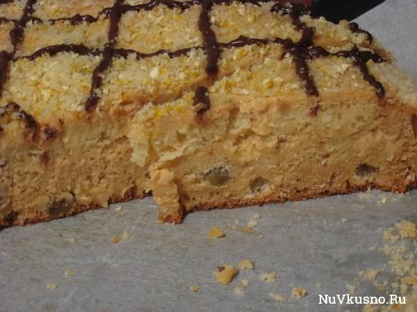 Медовый торт со сметанным кремом и вареной сгущенкой