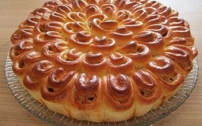 Мясной пирог «хризантема