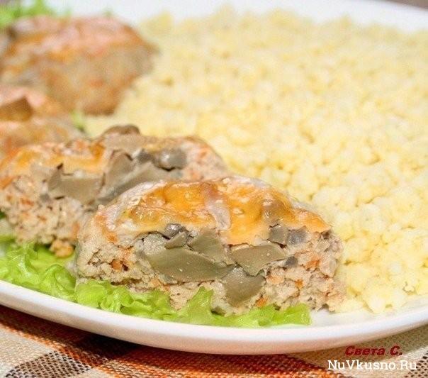 Мясные «гнёздышки» с грибами и сыром