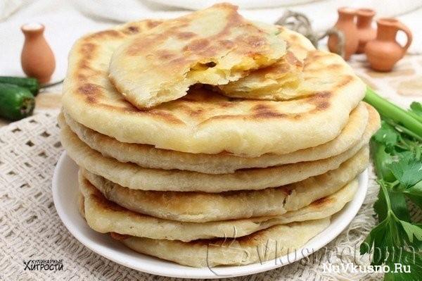 Простенький хачапури с сыром