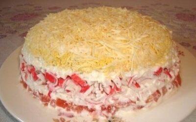Салаты с крабовыми палочками (мясом)