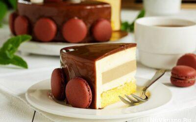 Торт-мусс «тирамису» с зеркальной глазурью
