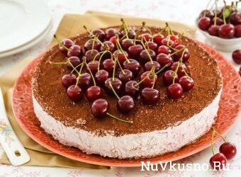 Творожно-ягодный торт (без выпечки)