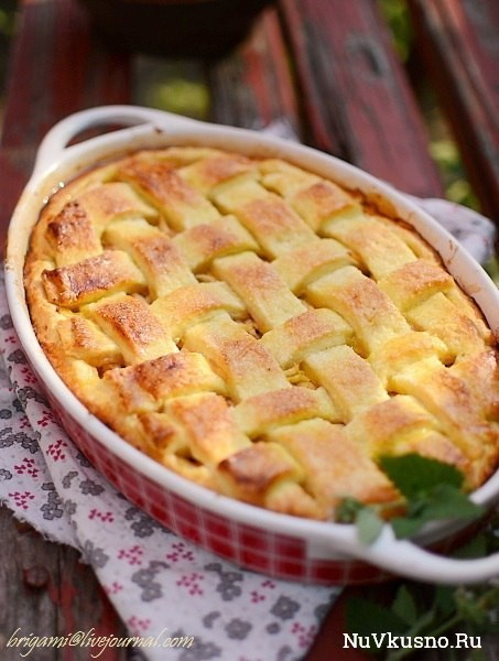 Яблочный именинный пирог
